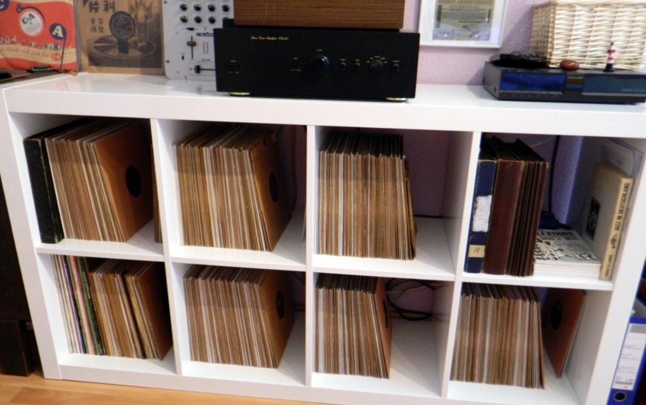 foren reinigung reparatur und archivierung plattenlagerung plattenregal grammophon und. Black Bedroom Furniture Sets. Home Design Ideas